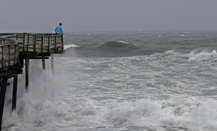 Image: Heavy surf North Carolina