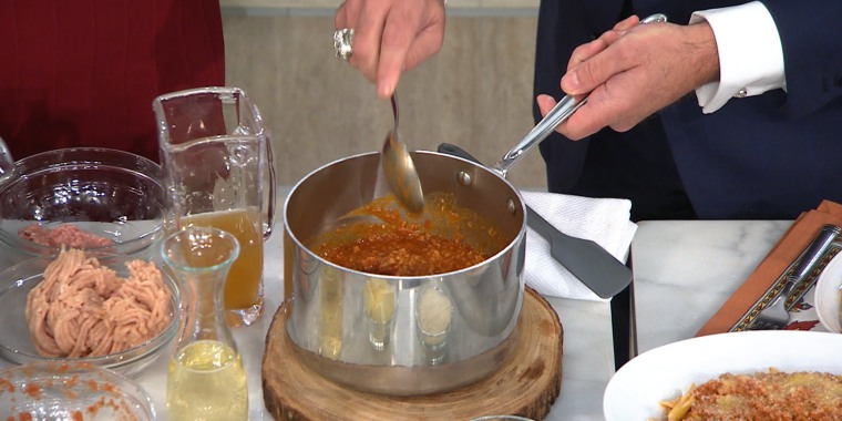 Anthony Scotto, owner of New York City's Fresco by Scotto, shows Megyn Kelly how to make a mouthwatering Bolognese sauce that can be poured over pasta, lasagna and polenta!