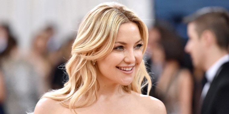 "Kate Hudson showed off a new bob haircut on ""Ellen."""