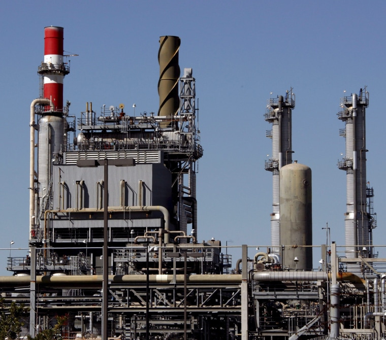 Image: BP Carson Oil Refinery