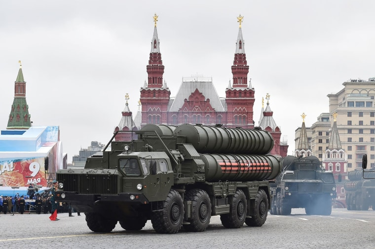 Image: Russian S-400 Triumph medium-range and long-range surface-to-air missile systems ride through Red Square
