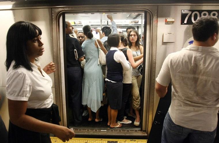 Image: Crowded NYC Subway