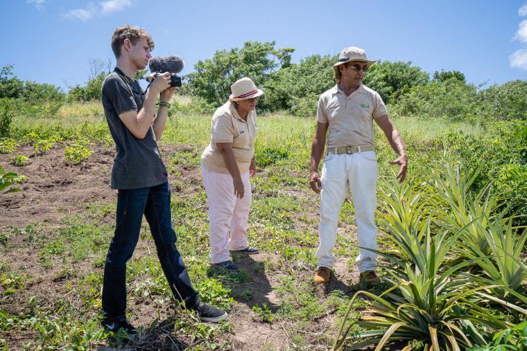 Image: Jose Nolla-Marrero, E-farm, Lydia Mercedes Diaz, Daniel Cruz