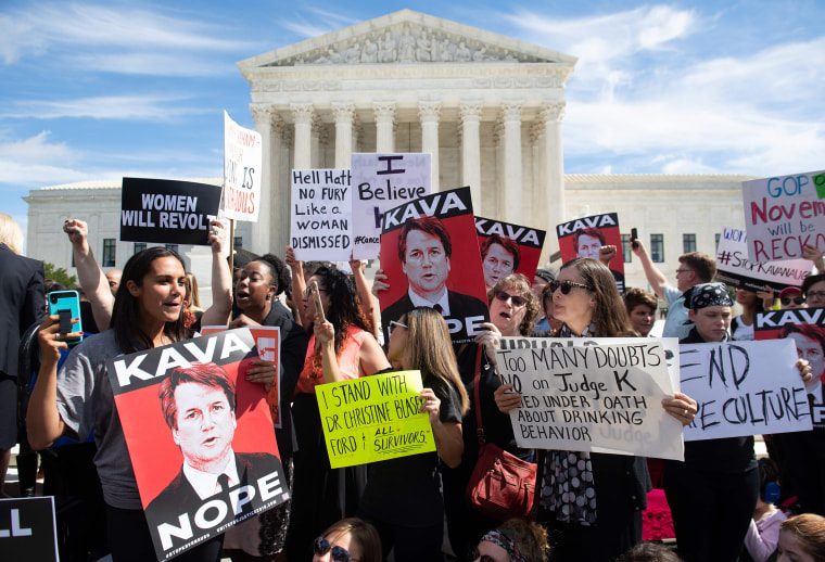 Image: US-COURT-POLITICS-ASSAULT-PROTEST