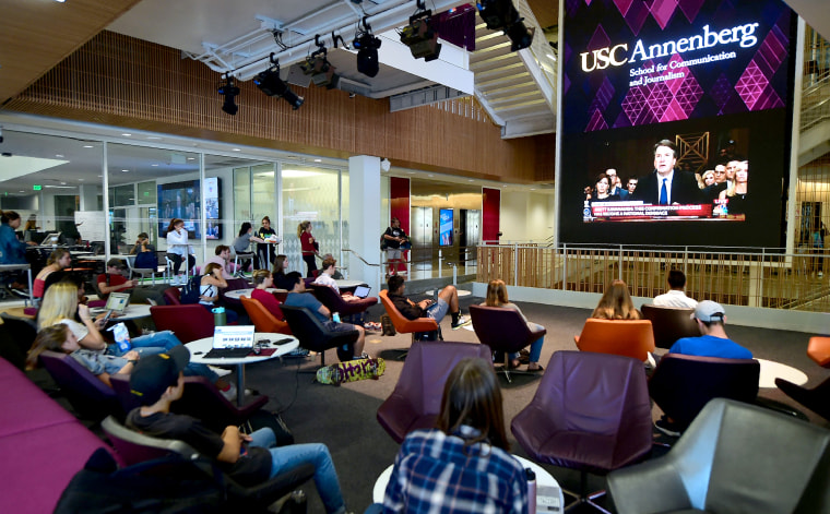 Image: Students at the University of Southern California (USC) watch a live telecast of the testimony from Brett Kavanaugh