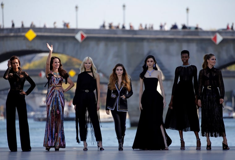 Andie Macdowell L'Oreal Paris Fashion Week Show