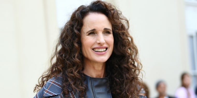 Andie Macdowell L'Oreal Paris Fashion Week Show