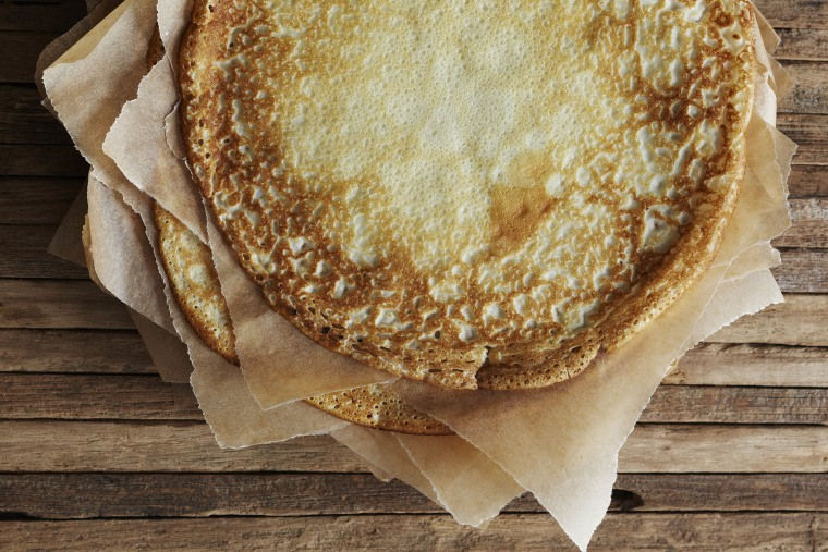 Stack the crepes.