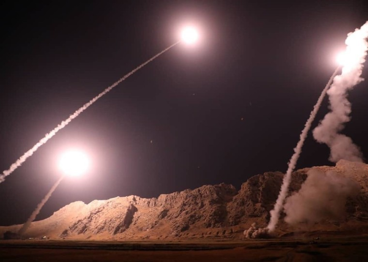 Image: Missiles fired from Iran into Syria