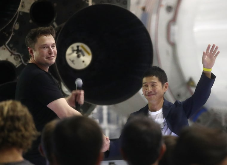 Image: SpaceX CEO Elon Musk Announces First Private Passenger flight To The Moon
