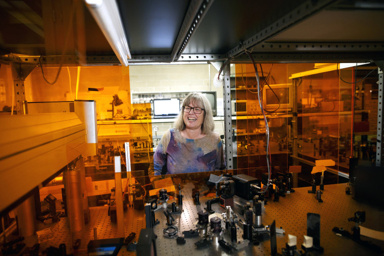 Physicist Donna Strickland Wins 2018 Nobel Prize With Two Other Scientists