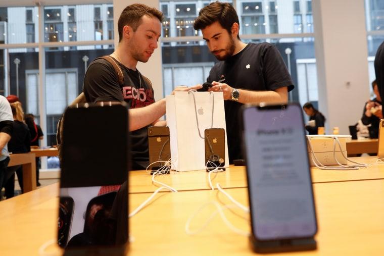 Image: Apple store