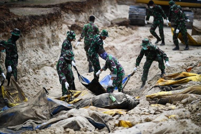Image: TOPSHOT-INDONESIA-QUAKE