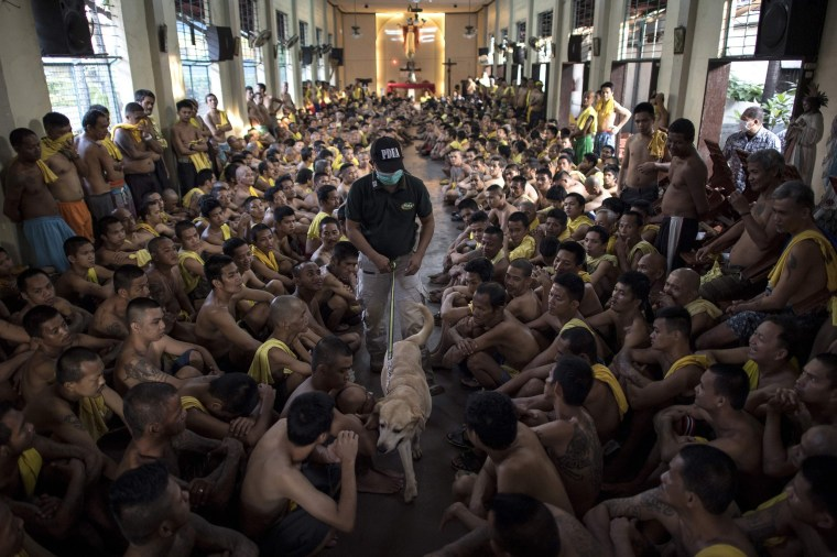 Image: TOPSHOT-PHILIPPINES-CRIME-JAIL
