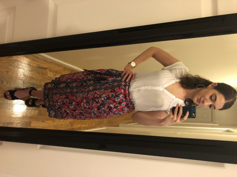 Look #3: My white blouse, a skirt from Julie and my sandals and earrings