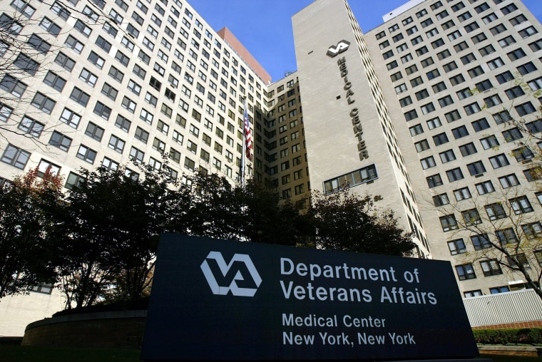 Image: Vets Fight To Keep Hospital Opened