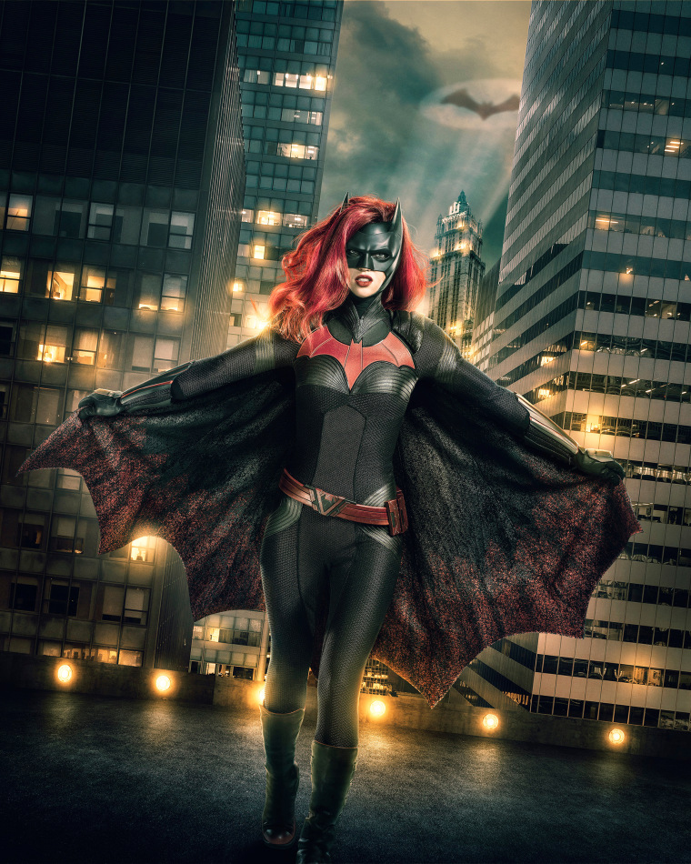 Batwoman Unveiled First Image Of Ruby Roses Gotham Superhero Emerges-9830