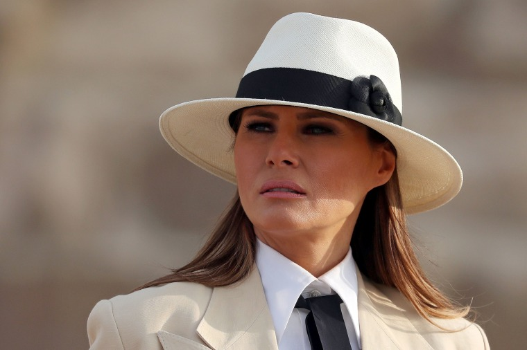 Image: U.S. first lady Melania Trump tours the pyramids of Egypt in Cairo