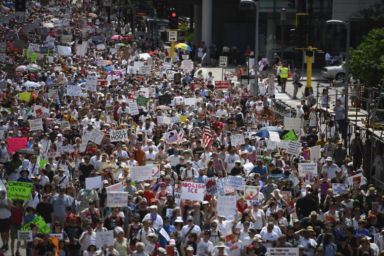 Thousands march through downtown Minneapolis