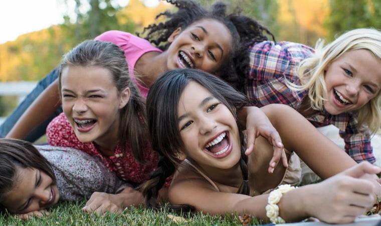Image: Girls playing outside