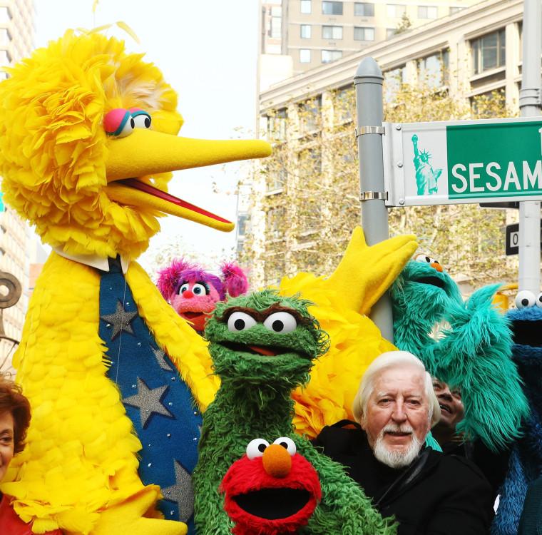 Big Bird puppeteer Caroll Spinney is retiring from 'Sesame