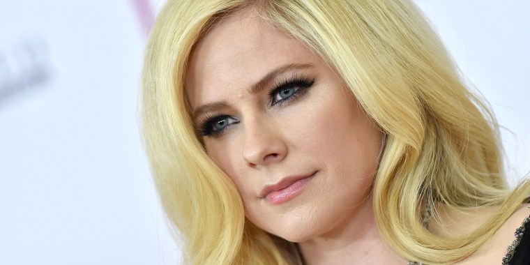 Avril Lavigne opening up on her difficult battle with Lyme disease