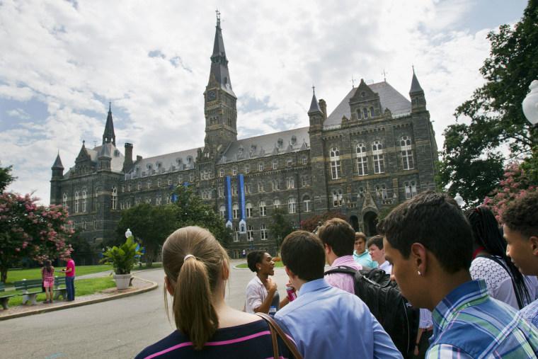 Image: Prospective students tour Georgetown University's campus