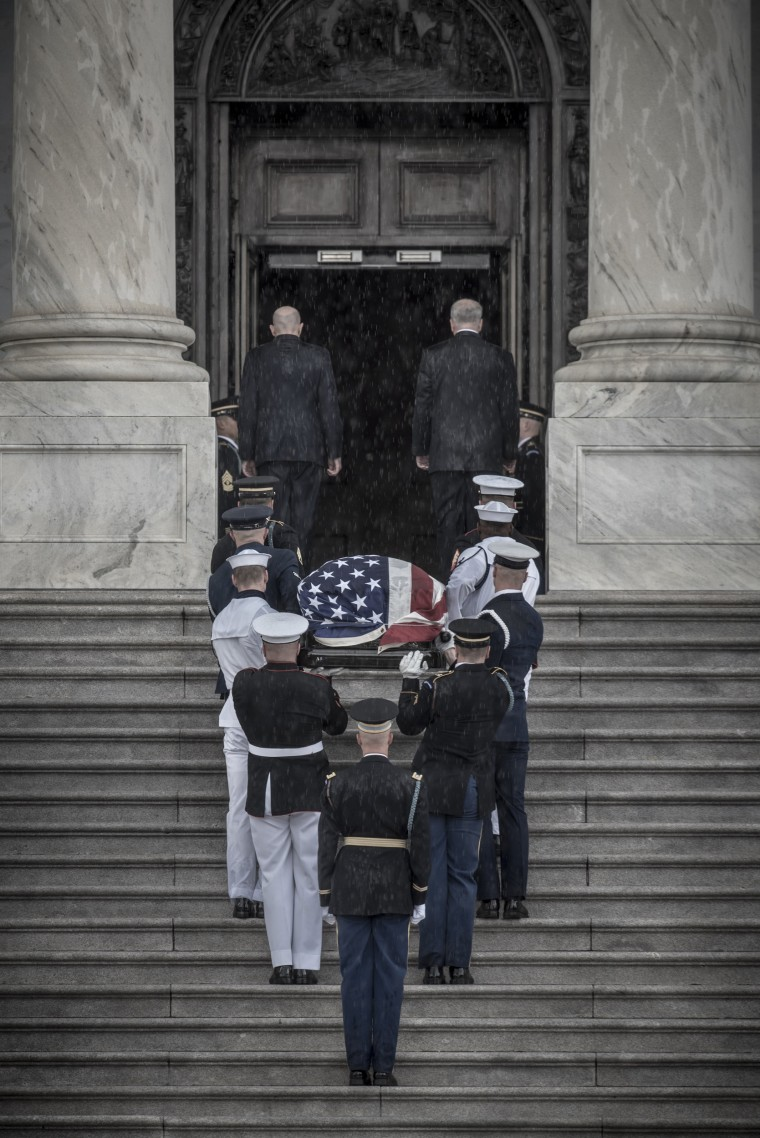 Image: Memorial Ceremony for John McCain at the Capitol