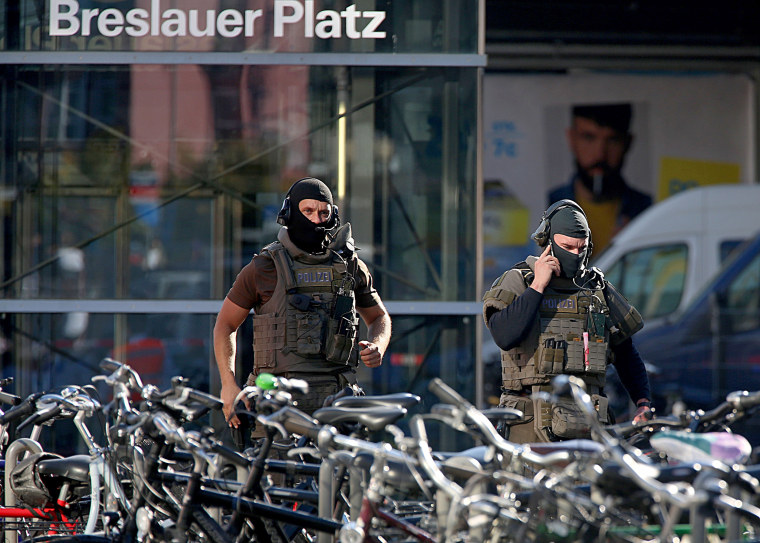 Image: GERMANY-HOSTAGE-COLOGNE