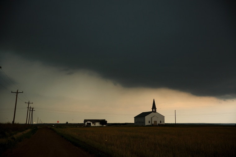 Image: A thunderstorm rolls into the area in Paducah, Texas