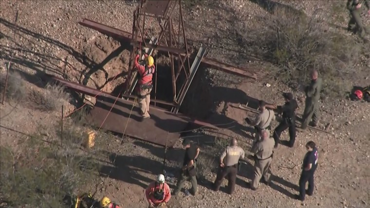 Image: Arizona mine shaft rescue