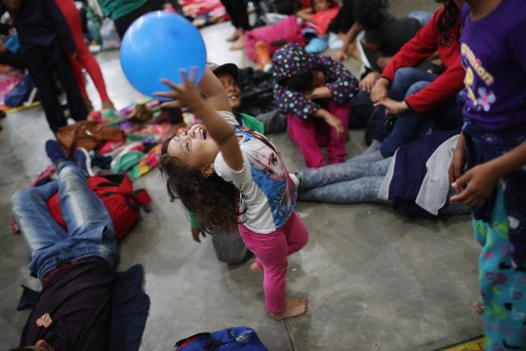 Migrant Caravan Pushes North Into Guatemala
