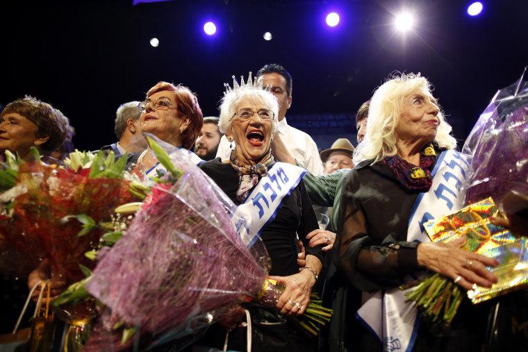 Image: Holocaust survivors beauty contest in Haifa