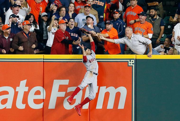 Image: BESTPIX - League Championship Series - Boston Red Sox v Houston Astros - Game Four