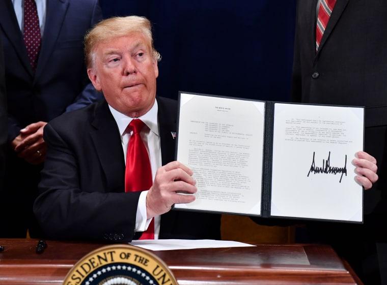 Image: Donald Trump Bill Signing