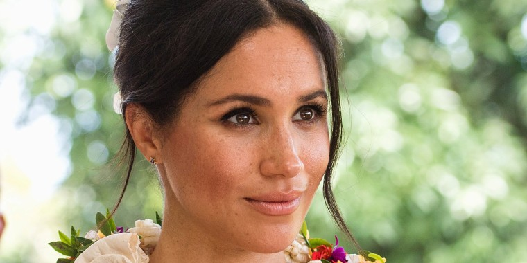 Is the Duchess of Sussex taking style notes from the Duchess of Cambridge?