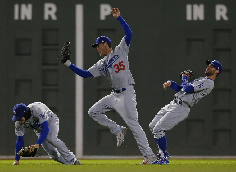 Image: Los Angeles Dodgers at Boston Red Sox