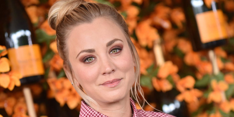 Kaley Cuoco not pregnant