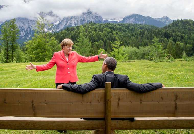 German chancellor  Angela Merkel  speaks with President  Barack Obama during the G-7 summit near Garmisch-Partenkirchen, southern Germany, on June 8, 2015.