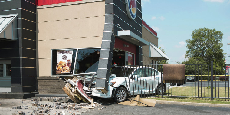 Burger King encourages delivery with photos of real car