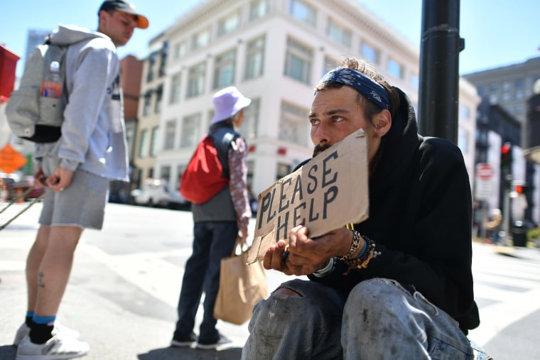 Image: FILES-US-POLITICS-SOCIAL-TECH-VOTE
