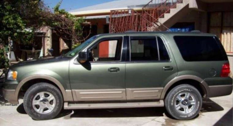 Stolen 2002 Ford Expedition with South Carolina license plate