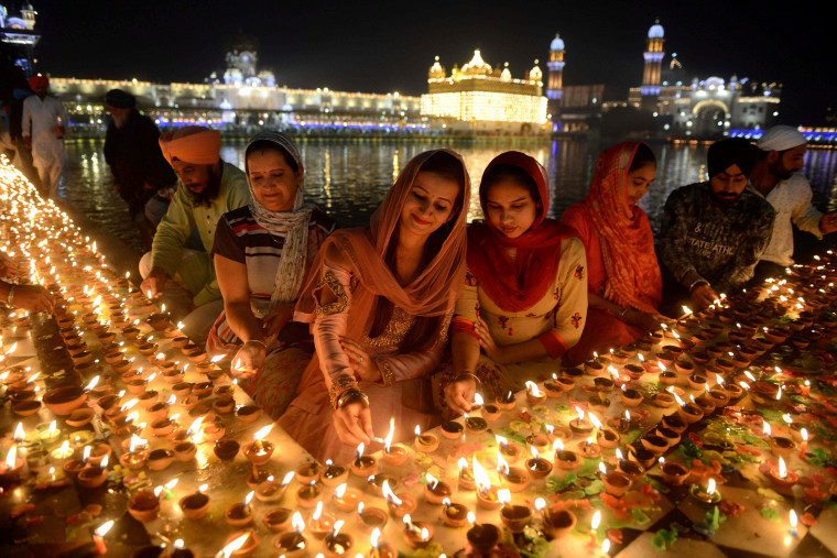 Image: INDIA-RELIGION-SIKH-DIWALI