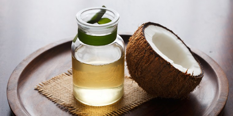 Coconut Oil, benefits of coconut oil, uses for coconut oil, coconut oil for hair, coconut oil for skin