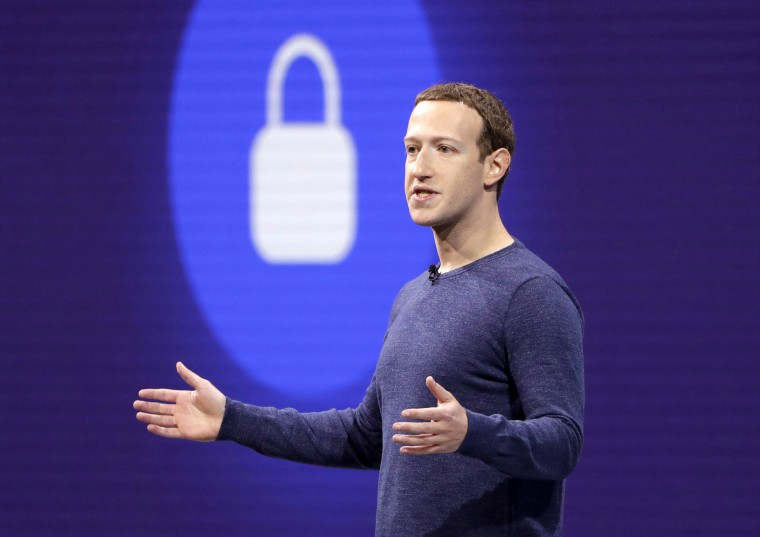 Image: Facebook CEO Mark Zuckerberg makes the keynote speech