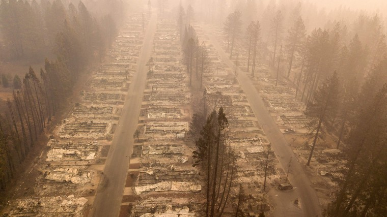 Image: TOPSHOT-US-FIRE-environment-CALIFORNIA-WEATHER