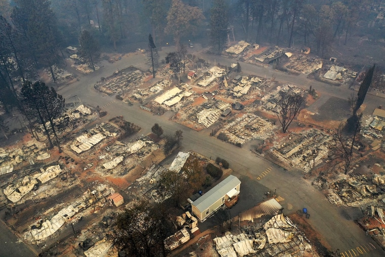 Image: ***BESTPIX*** California Town Of Paradise Devastated By The Camp Fire Continues Search And Recovery Efforts