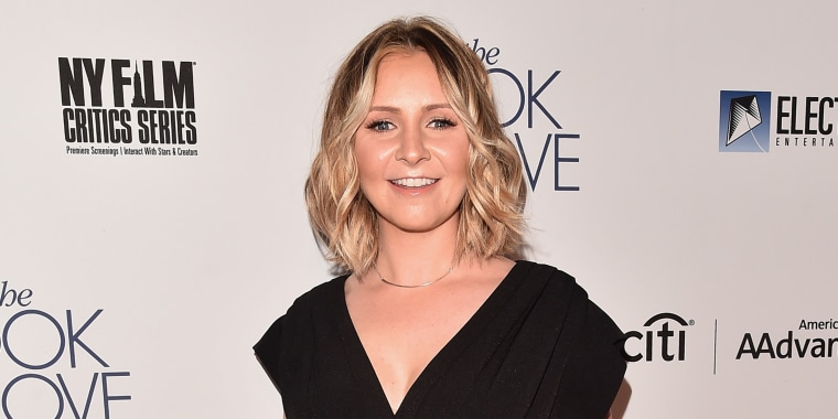 Beverley Mitchell revealed she miscarried twins in an emotional Thanksgiving essay.