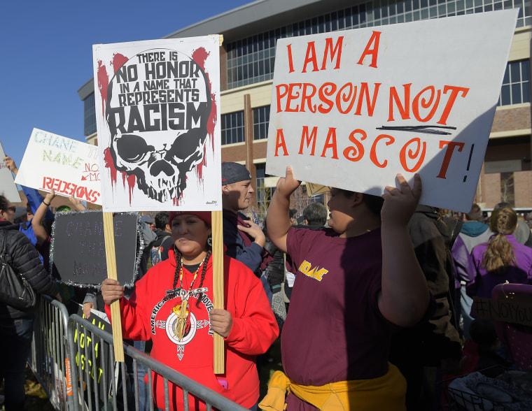 Image: The Washington Redskins, protest