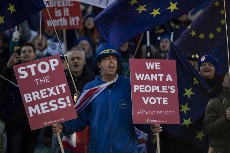 Image: Brexit protesters continue to demonstrate outside the Houses of Parliament